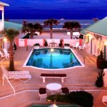 island-cottage-oceanfront-inn-and-spa-2